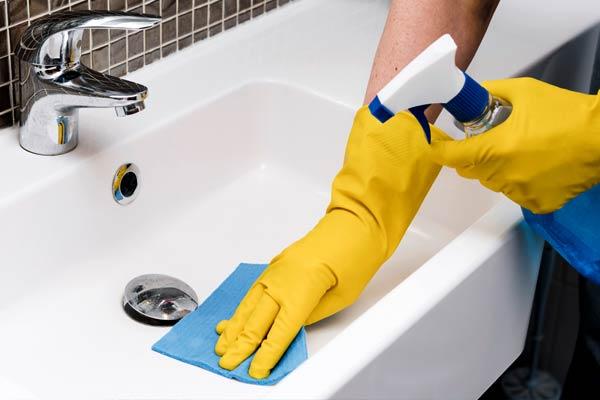 Reinigung und Desinfektion - Hausmeisterservice